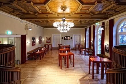 Foyer - Champagnerhalle 1 — © DERDEHMEL/Urbschat